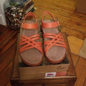 Chaco Fallon Sandals NIB Sz 10 Flamingo